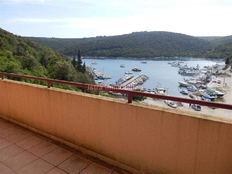 Novi apartman sa pogledom na more Cijena 920 m2