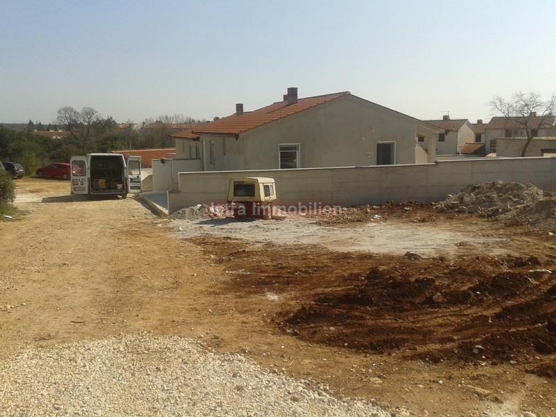 Kuća u nizu Novo