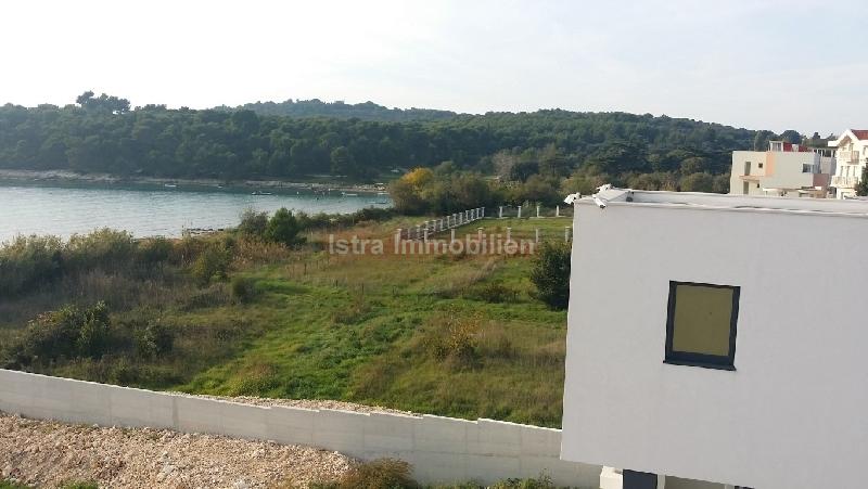 Plac , Pula , Prodaja | Izuzetno Građevinsko Zemljište 2000 M2 Prvi Red Do Mora
