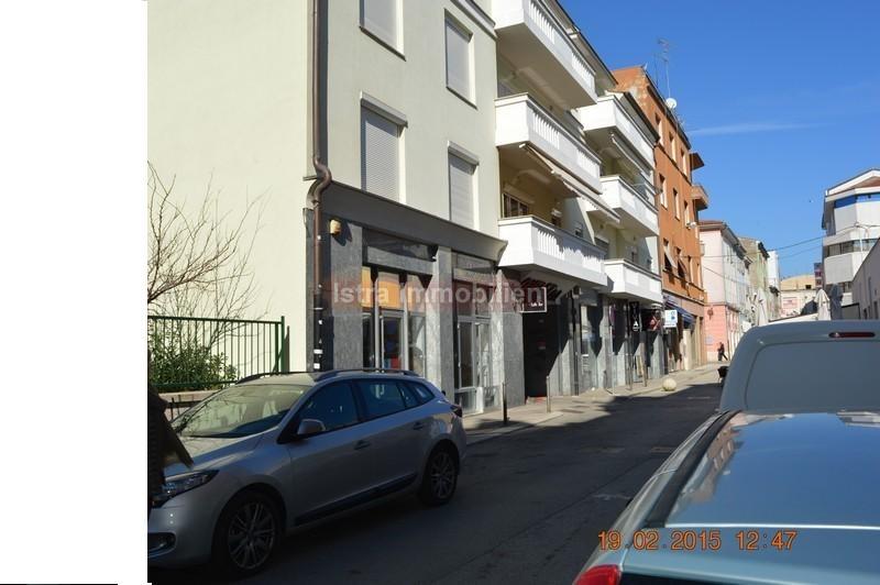 Pula poslovni prostor u centru grada 35 m2
