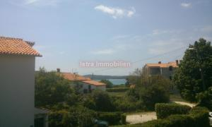 Medulin Apartman sa dvije spavaće sobe i pogledom na more, bazen