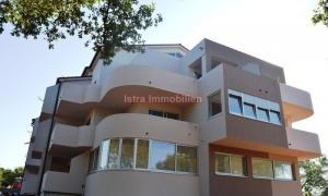 Medulin - apartman 67 m2, 2 sobe + dnevni boravak
